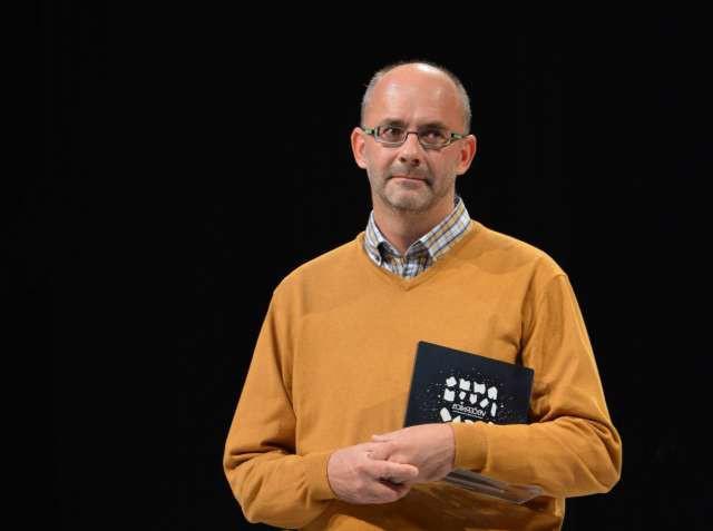 """Dobitnik večernice Peter Svetina: """"To ne pomeni, da je ena knjiga boljša od druge!"""" (foto: Marjan Maučec/STA)"""