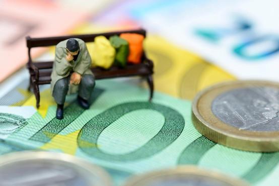 Ideja o uvedbi univerzalnega dohodka po mnenju Kopač Mrakove predstavlja revolucijo