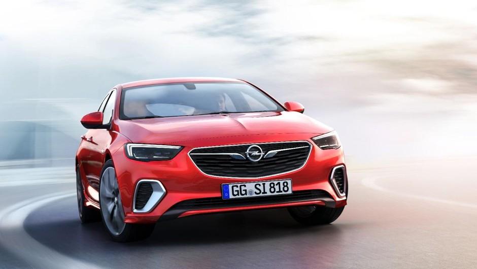 Insignia GSi: 'Zverina', ki je nasledila insignio OPC (foto: FOTO Opel)