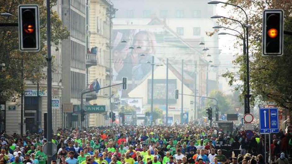 Kenijec Marius Kimutai in Etiopijka Shuko Genemo Wote najhitrejša na 42 km v Ljubljani! (foto: Daniel Novakovič/STA)