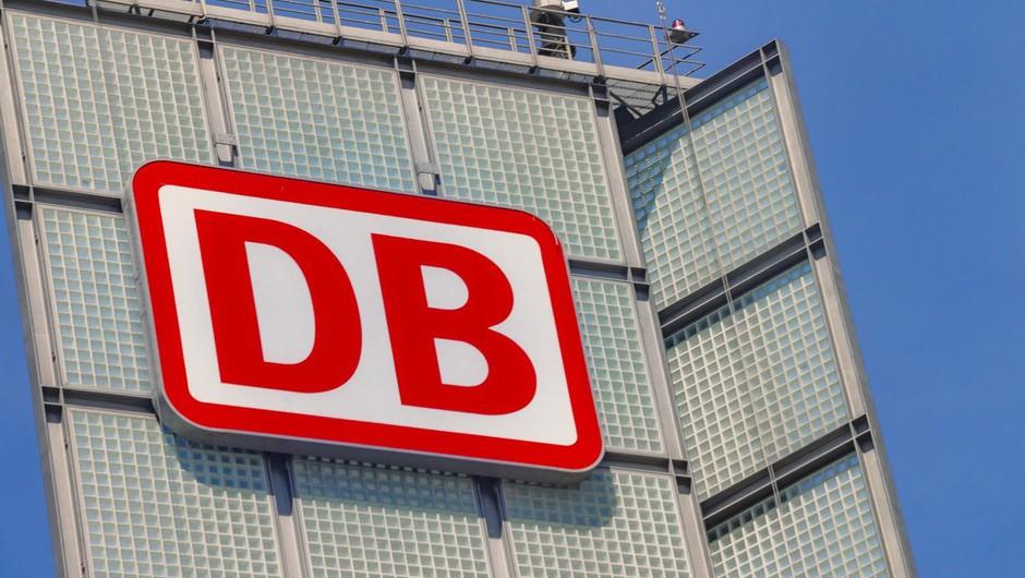 V Nemčiji na cesto poslali samovozeči avtobus (foto: profimedia)