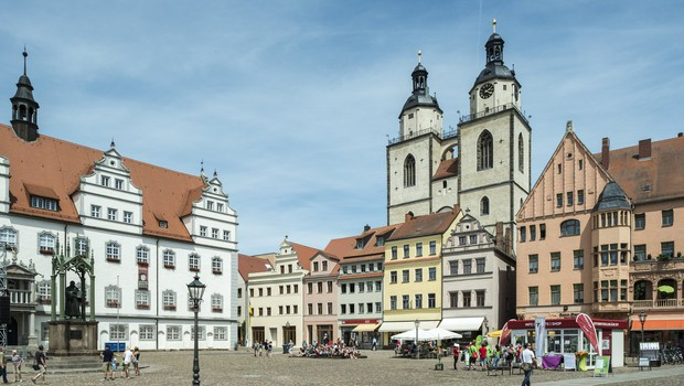 V Wittenbergu slovesno ob 500. obletnici objave Luthrovih tez (foto: profimedia)