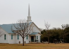 V Teksasu je strelski napad v cerkvi zahteval več smrtnih žrtev