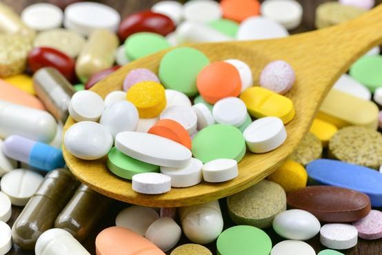 Zdravnik v povprečju predpiše štiri bele recepte, Grošelj pa jih je istega leta kar 993!