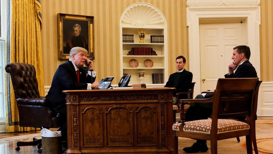 Trump v Beli hiši priredil praznično zabavo za novinarje, tudi za tiste iz 'lažnih medijev'! (foto: profimedia)