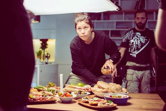 Sabina Penšek je kulinariko začela raziskovati vzporedno s potovanji
