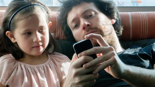 Facebook najavlja aplikacijo za otroke: Messenger Kids! (foto: profimedia)