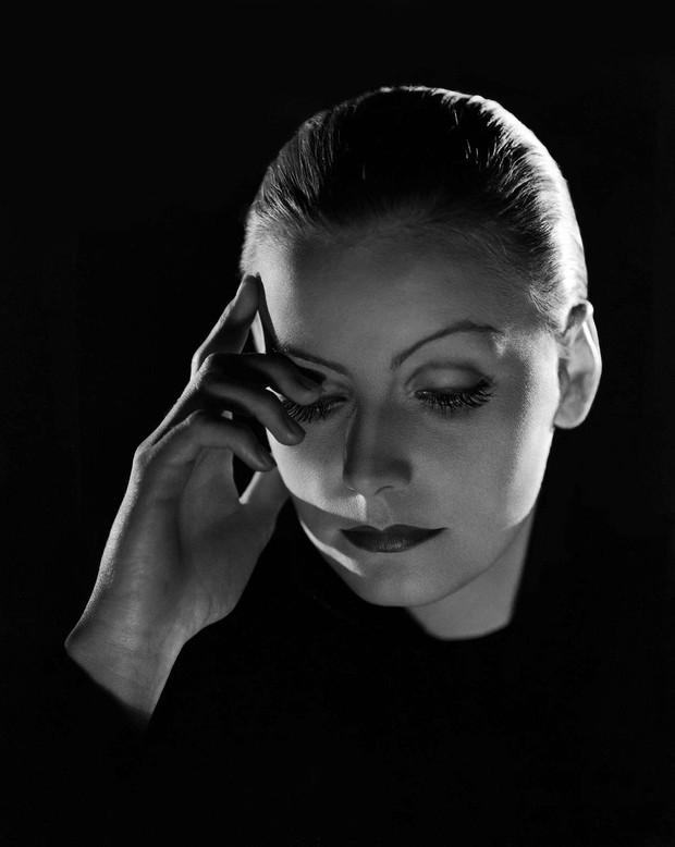 Intimna pisma enigmatične in osamljene Grete Garbo prihodnji teden na dražbo (foto: profimedia)