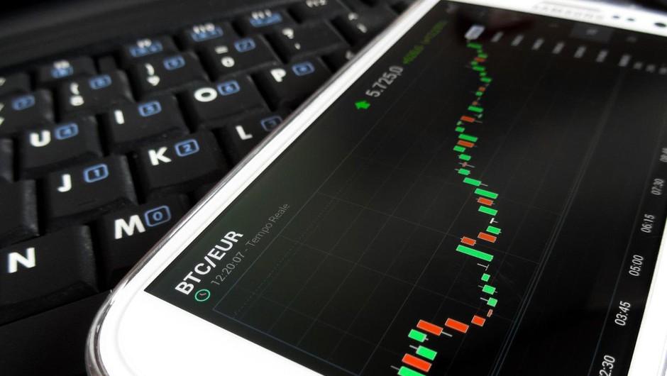 Kriptovalute še naprej izgubljajo vrednost: Bitcoin že pod mejo 6000 dolarjev! (foto: profimedia)