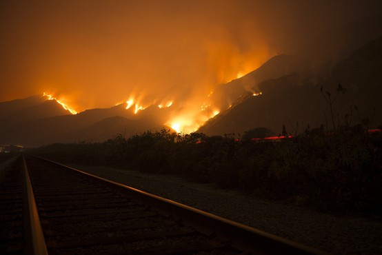Sredi zime se v Avstraliji borijo s požari