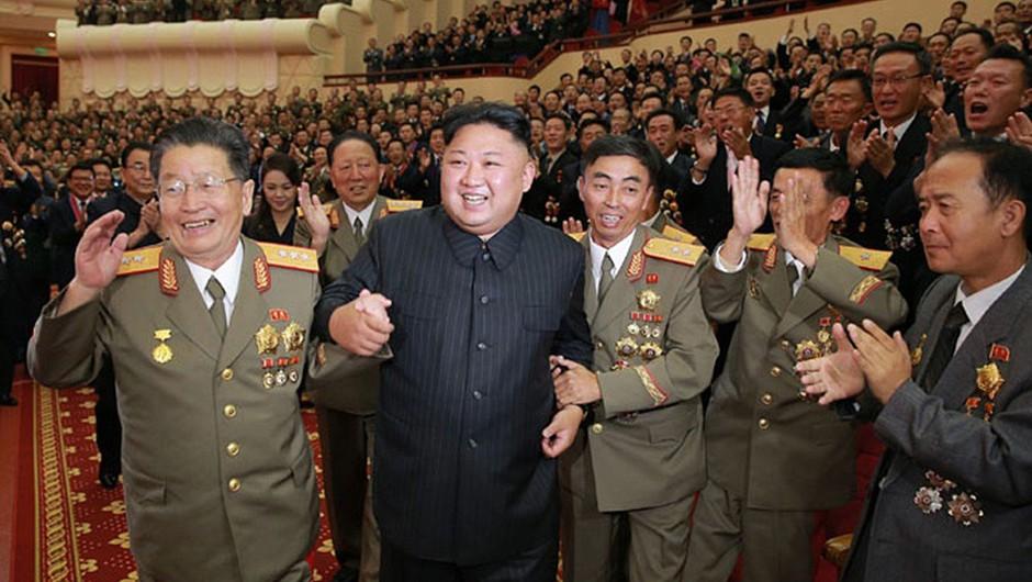 Korejski polotok na robu jedrskega spopada (foto: profimedia)