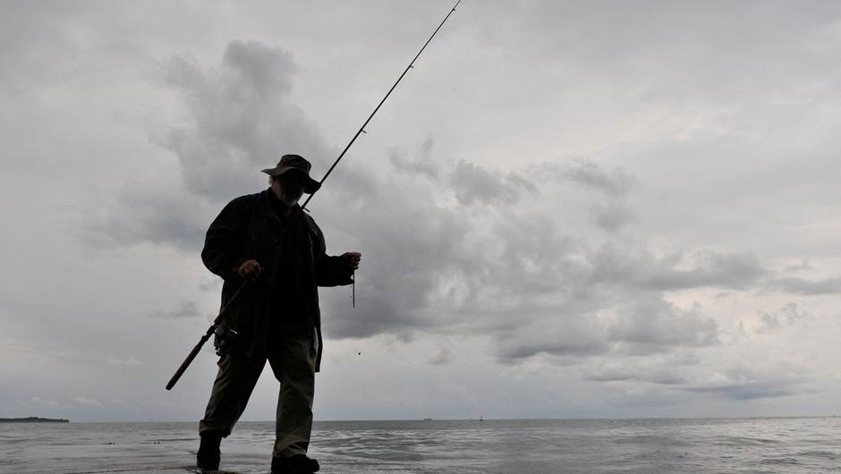 Hrvaškim ribičem v slovenskih vodah po novem grozijo kazni (foto: profimedia)