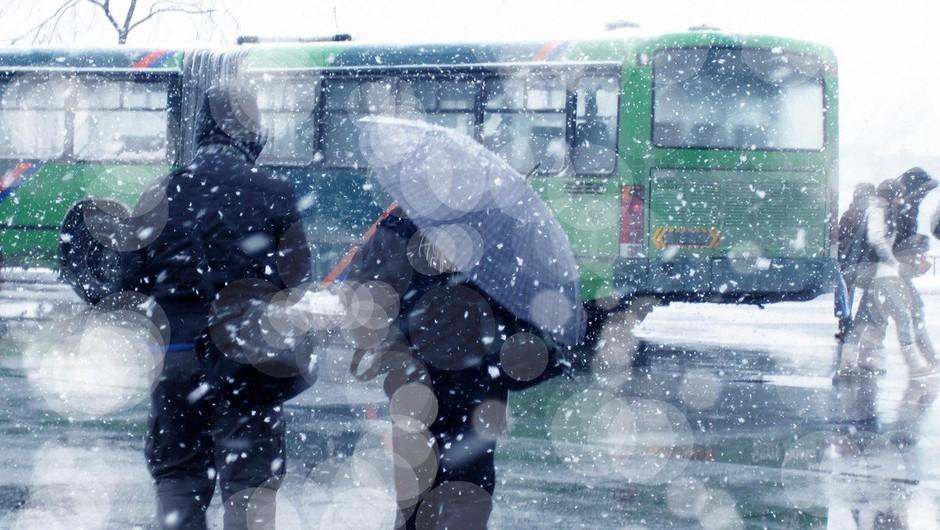 V Srbiji smrt zaradi mraza, v BiH preglavice zaradi snega (foto: profimedia)