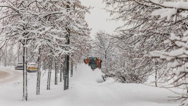 Bizarno vreme: Rekordno veliko snega je ohromilo Moskvo! (foto: profimedia)