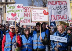 Učitelji na shodu v Ljubljani za višje plače