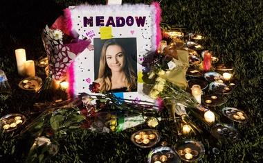 Po pokolu na floridski srednji šoli morilec zavil še v Walmart in pomalical v McDonaldsu!