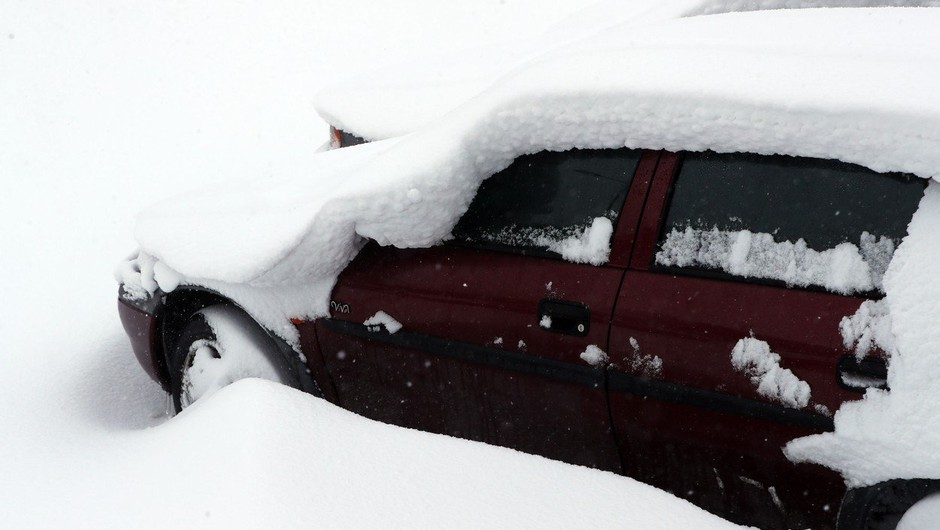 Britanka rodila v avtomobilu sredi snežnega meteža! (foto: profimedia)