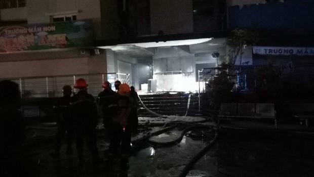 V požaru stanovanjske stolpnice v vietnamskem Hošiminhu več mrtvih! (foto: profimedia)
