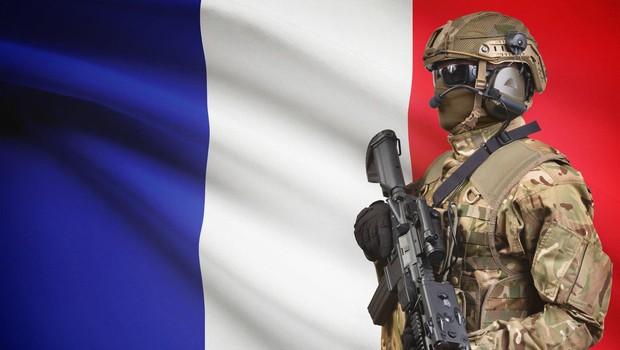 Policija ubila napadalca v trgovini na jugu Francije (foto: profimedia)