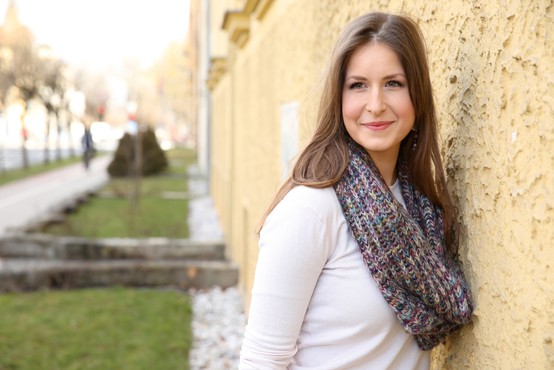Anja Cizel (umetniška vodja skupine Tine Rožanc) o zgodbi o aleksandrinkah