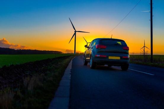 V EU dogovor o omejitvi avtomobilskih izpustov CO2 za 37,5 odstotka do leta 2030