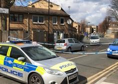 V Londonu avto zapeljal v množico - policija incidenta ne obravnava kot teroristično dejanje