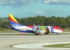 Potem, ko je razneslo motor, je boeing 737 uspešno zasilno pristal v Philadephii