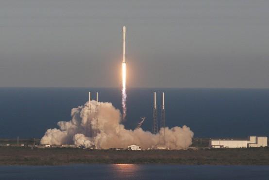 Nasa uspešno izstrelila satelit TESS, ki bo raziskoval planete izven sončnega sistema