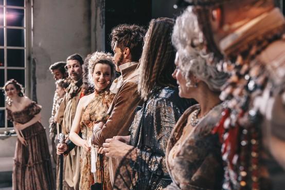 Muzikal Orlando o potovanju skozi čas in iskanju identitete