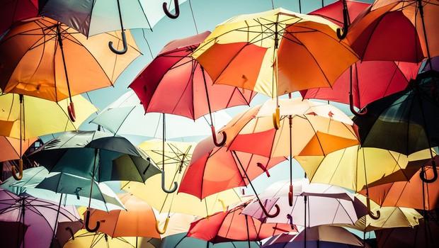 Za prvomajske praznike nas bodo občasno prale tudi plohe in nevihte! (foto: profimedia)