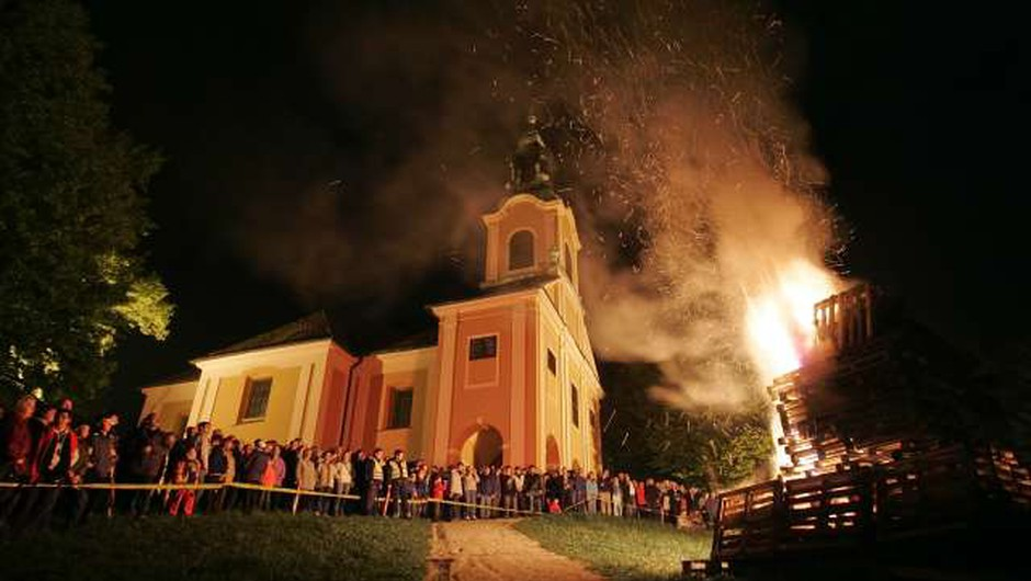 Kresovi bodo zagoreli tako na ljubljanskem Rožniku kot širom po Sloveniji! (foto: Danijel Novaković/STA)