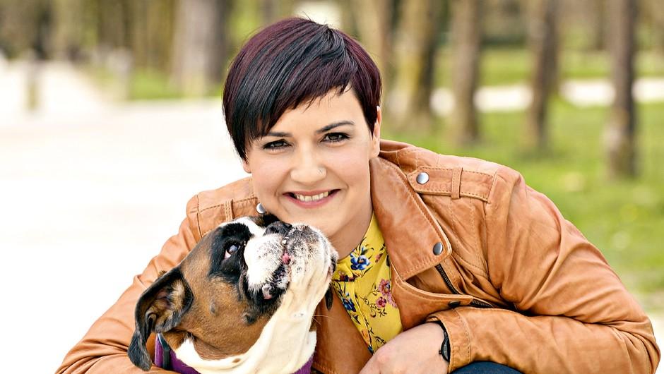 Tanja Marentič Pirš: Življenje z nemškim bokserjem - prijateljem, ki je vedno na voljo za igro (foto: Primož Predalič)
