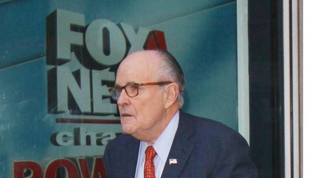 Župan Giuliani priznal Trumpovo vpletenost v plačilo pornografski igralki (foto: profimedia)