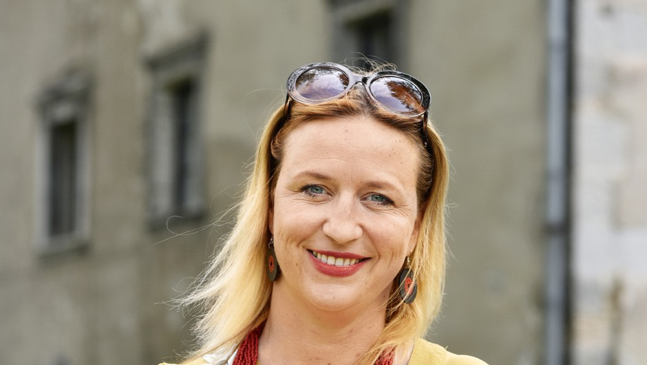 Nina Valič: Gledališče je prostor, kjer se naberemo  ljudje, ki smo vsak na svoj način drugačni (foto: igor Zaplatil)