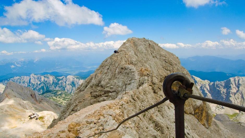 V gorski nesreči pri vzponu na Triglav umrl plezalec (foto: profimedia)