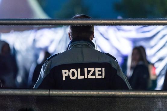 Osumljenec, ki je priznal umor svoje matere v Švici, že v priporu