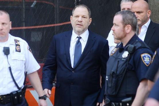 Nove obtožbe proti Weinsteinu - nadlegoval naj bi 16-letnico