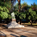 Spomenik Niku Dubokoviću v Jelsi (foto: Dean Dubokovič) (foto:  Dean Dubokovič)
