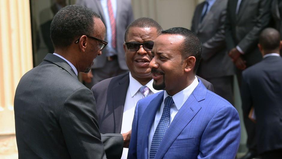 Na polnem trgu je med govorom etiopskega premierja eksplodirala granata (foto: profimedia)