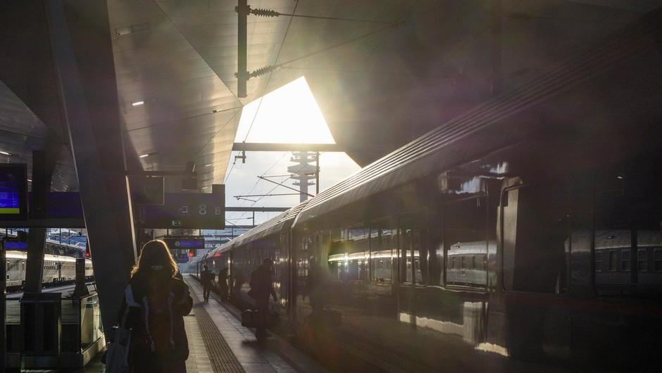 V iztirjenju vlaka v Avstriji več ranjenih (foto: profimedia)