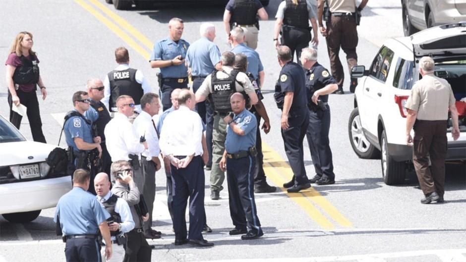 ZDA: Policija prijela napadalca na uredništvo časopisa v Annapolisu - ubil je pet ljudi! (foto: profimedia)