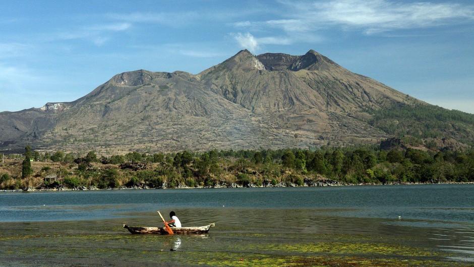 Bali: Izbruh vulkana ohromil letalski promet (foto: Profimedia)