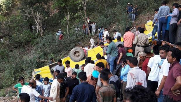 V Indiji spet zgrmel avtobus s ceste (foto: profimedia)