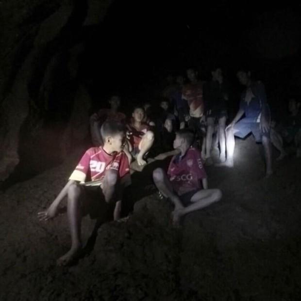 Tajske dečke in trenerja bodo iz jame morda reševali še mesece? (foto: profimedia)