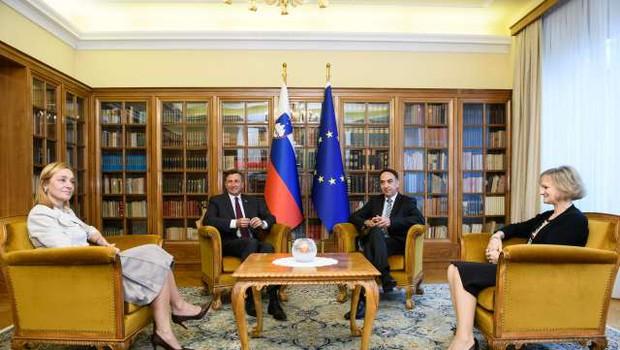 Kombinatorika po Pahorjevo: za mandatarja Janšo, Šarec pa nadaljuje s pogajanji! (foto: Nebojša Tejić/STA)