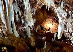 V jami pri Sežani reševalci že prišli do italijanskega jamarja!