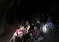 Ujeti mladi tajski nogometaši so iz jame poslali pismo