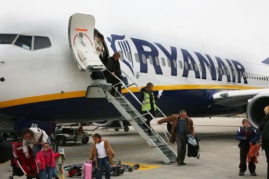 Ryanair je zaradi slabosti potnikov pristal v Nemčiji namesto v Zadru