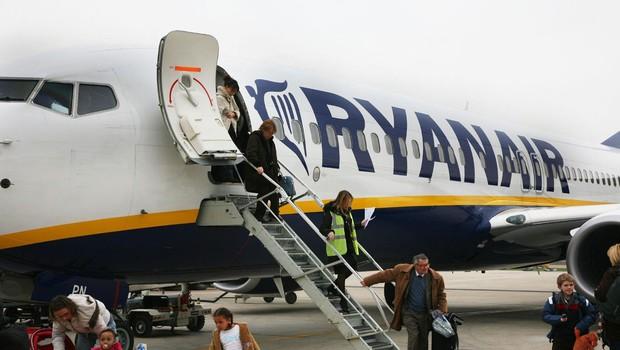 Ryanair je zaradi slabosti potnikov pristal v Nemčiji namesto v Zadru (foto: profimedia)