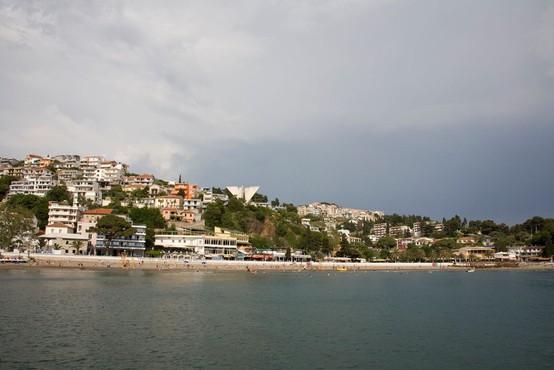 V nesreči na morju v Črni gori umrla dva Slovenca